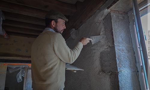 Technique et usage de la chaux naturelle dans la rénovation du bâti ancien