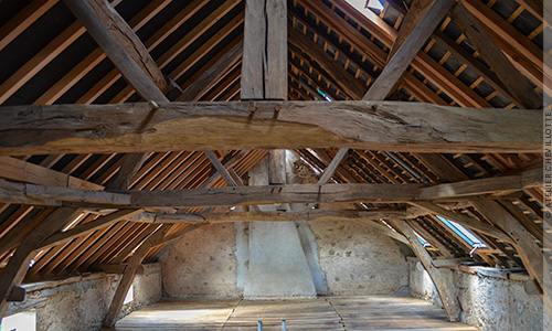 Comment réaliser une isolation thermique performante en toiture?